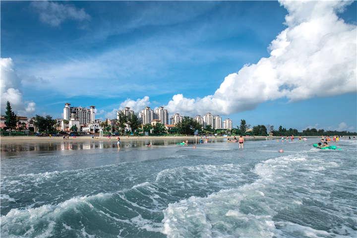 【海滩】惠州双月湾2天*万科微豪思*豪华酒店*湾景双<西班牙风情小镇,私家沙滩,买一送一>