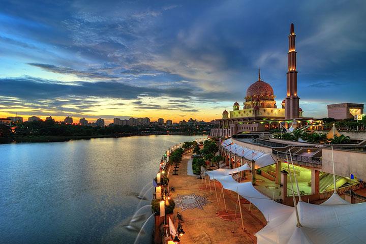 【尚·博览】新加坡、马来西亚6天*天地秘境<名胜世界,天空之镜,拿督公庙+许愿树,适耕庄,热带水果大餐>