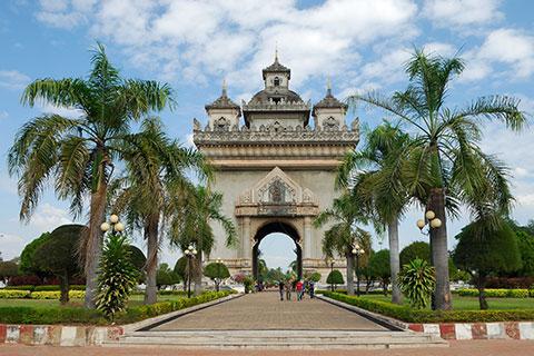【典·休闲】老挝万象、南鹅湖、万荣5天*享趣万象<老挝首都一万象,清心山水一万荣,风味餐,升级一晚超豪华酒店>